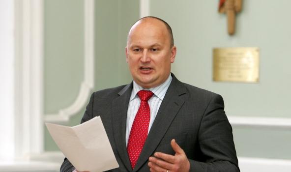Nemierā ar Sudrabas darbu, Balodis pamet «No sirds Latvijai» Saeimas frakciju