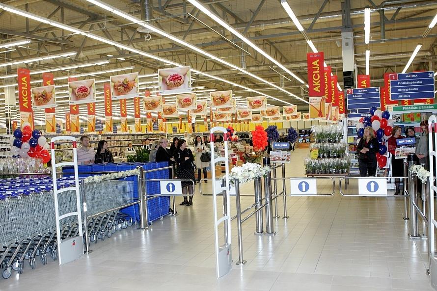 Bezdarba vilni gaida pēc 14. aprīļa; cilvēki labprāt kļūst par pārdevējiem