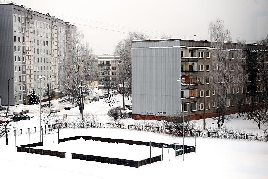 Skaitļi un fakti: Bez izmaiņām esošajā kārtībā «renovācijas vilni» Latvijas daudzdzīvokļu ēkas var nesagaidīt