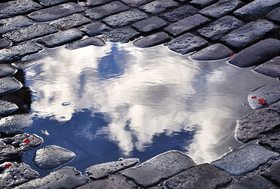 Понедельник, 29 мая: прохлада и дождь