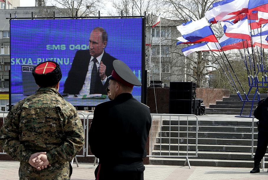Александр Невзоров: Крым Путину не удалось украсть безнаказанно