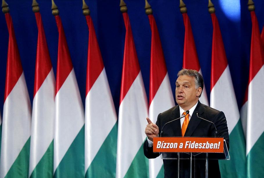Orbāns negrasās mainīt partijas «Fidesz» politiku