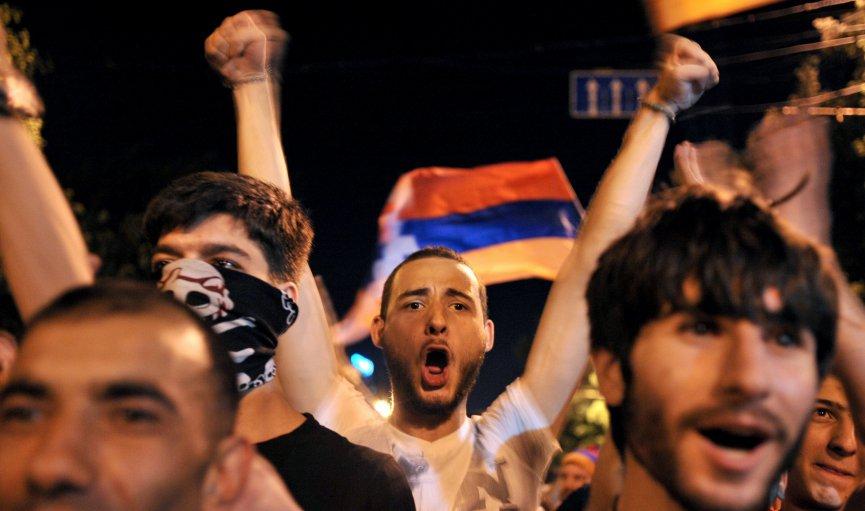 Provizoriskie rezultāti: Armēnijas vēlēšanās vadībā protestu līdera alianse