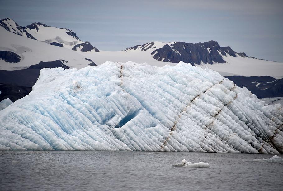 ES formulē savu pieeju aktīvākai iesaistei Arktikā; plāno EK biroja izveidi Grenlandē