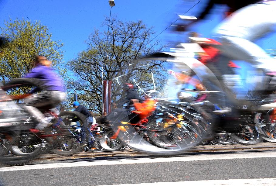 Тренировки велосипедистов проходят в безопасных условиях — федерация