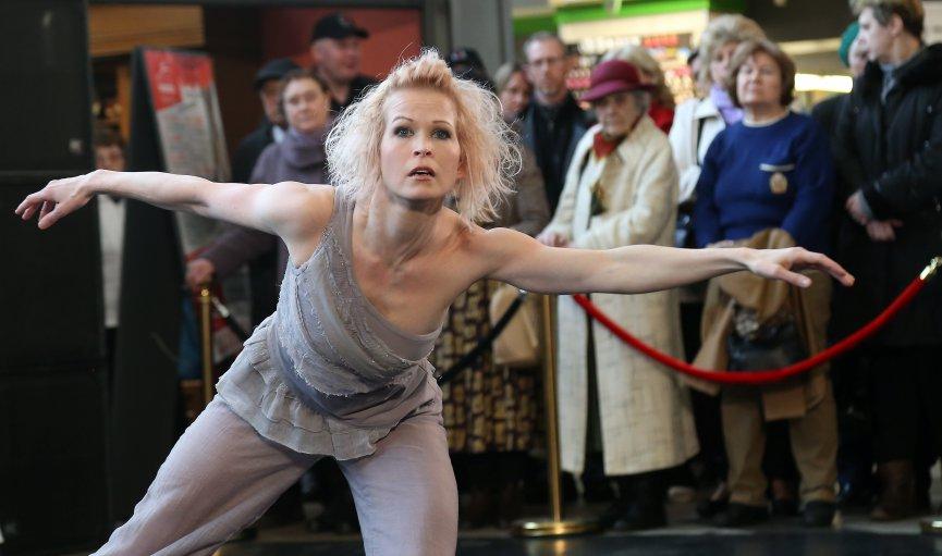 Baltijas baleta festivālā šogad: baroka un hiphopa sintēze, laikmetīgi un multimediāli pārsteigumi