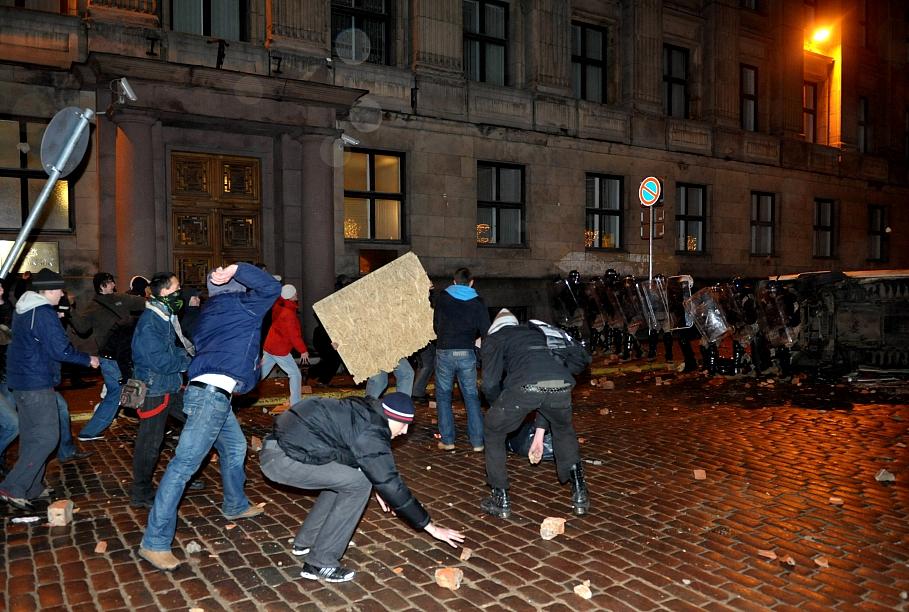Погром в Старой Риге. Спонтанный бунт или плановый переворот?