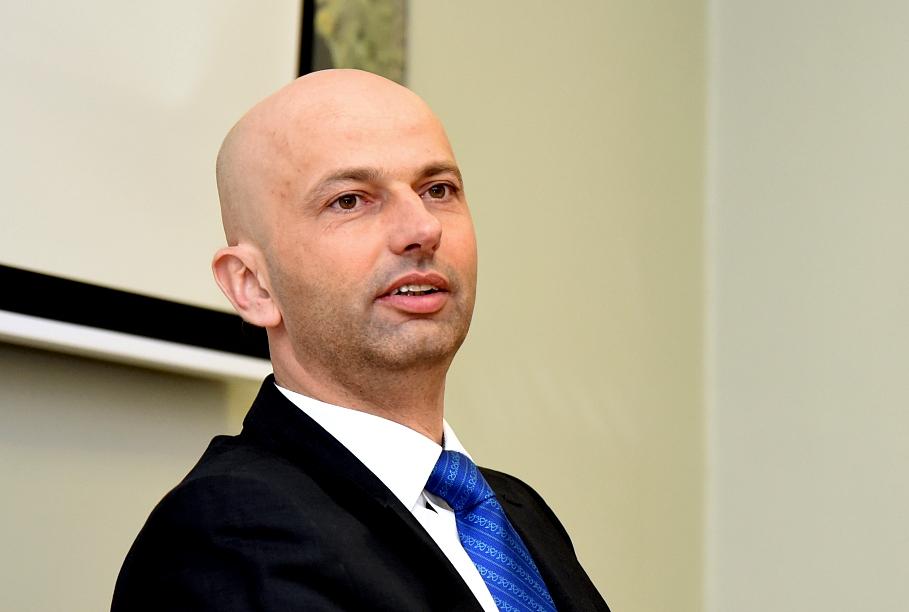 В госуправлении собираются внедрить «принцип нулевой бюрократии»