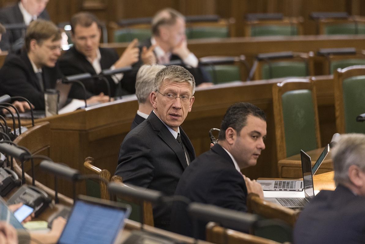 Izvēlēti «oligarhu lietas» parlamentārās komisijas dalībnieki; par vadītāju vienprātības nav