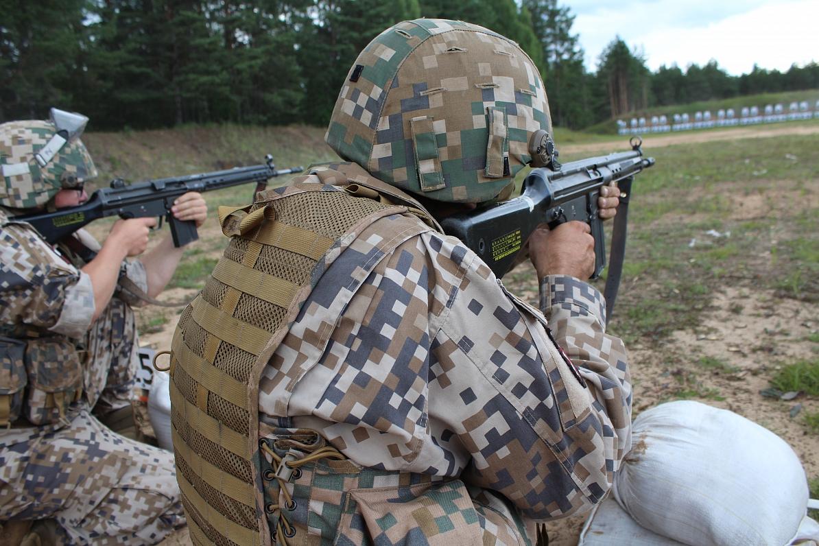 Atis Klimovičs: «Meža Mackevičos» zemessargu nometnē izveido īstus karavīrus