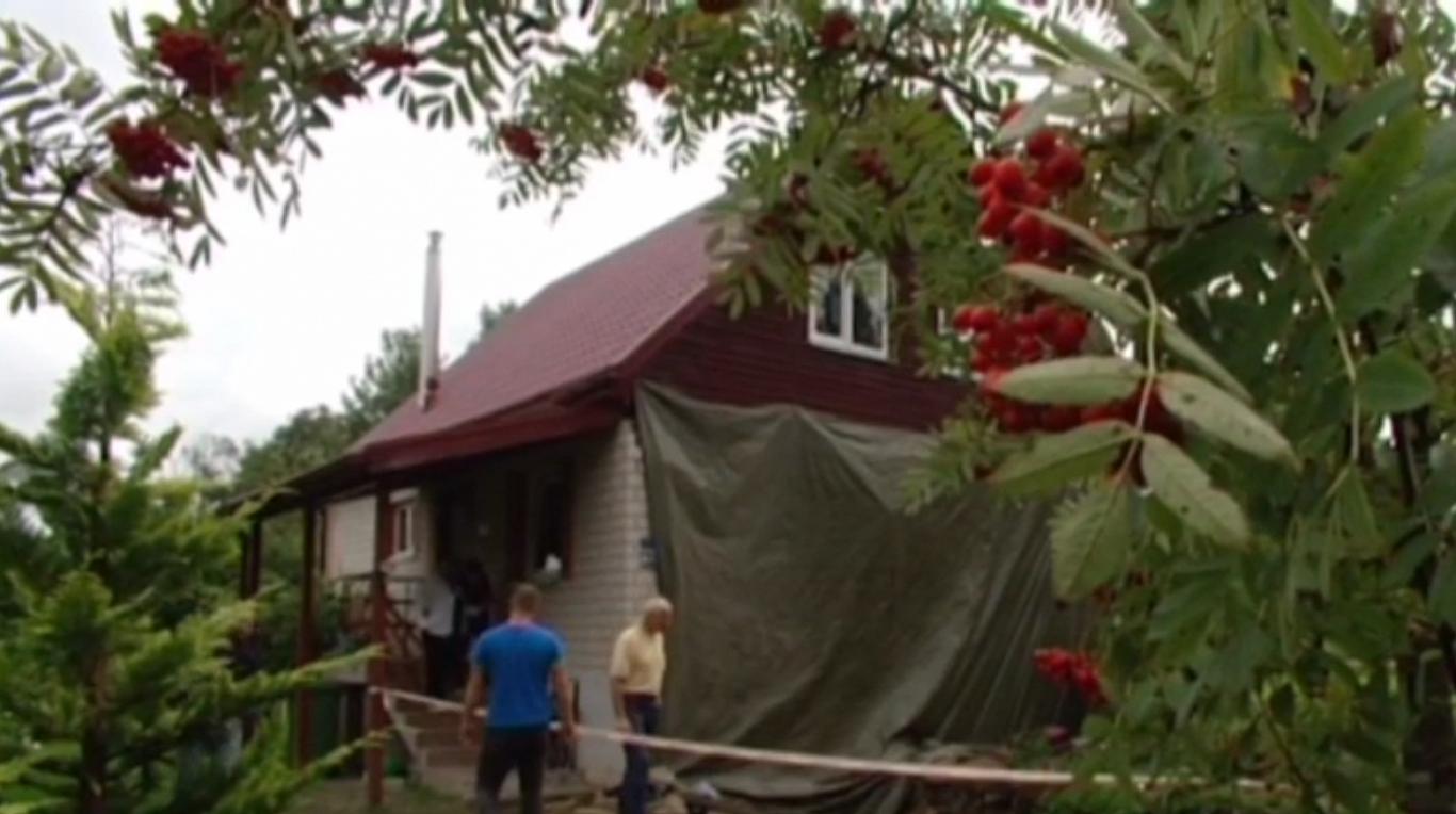 Skrīveros autovadītājs mājas sienā ietriecies dzērumā