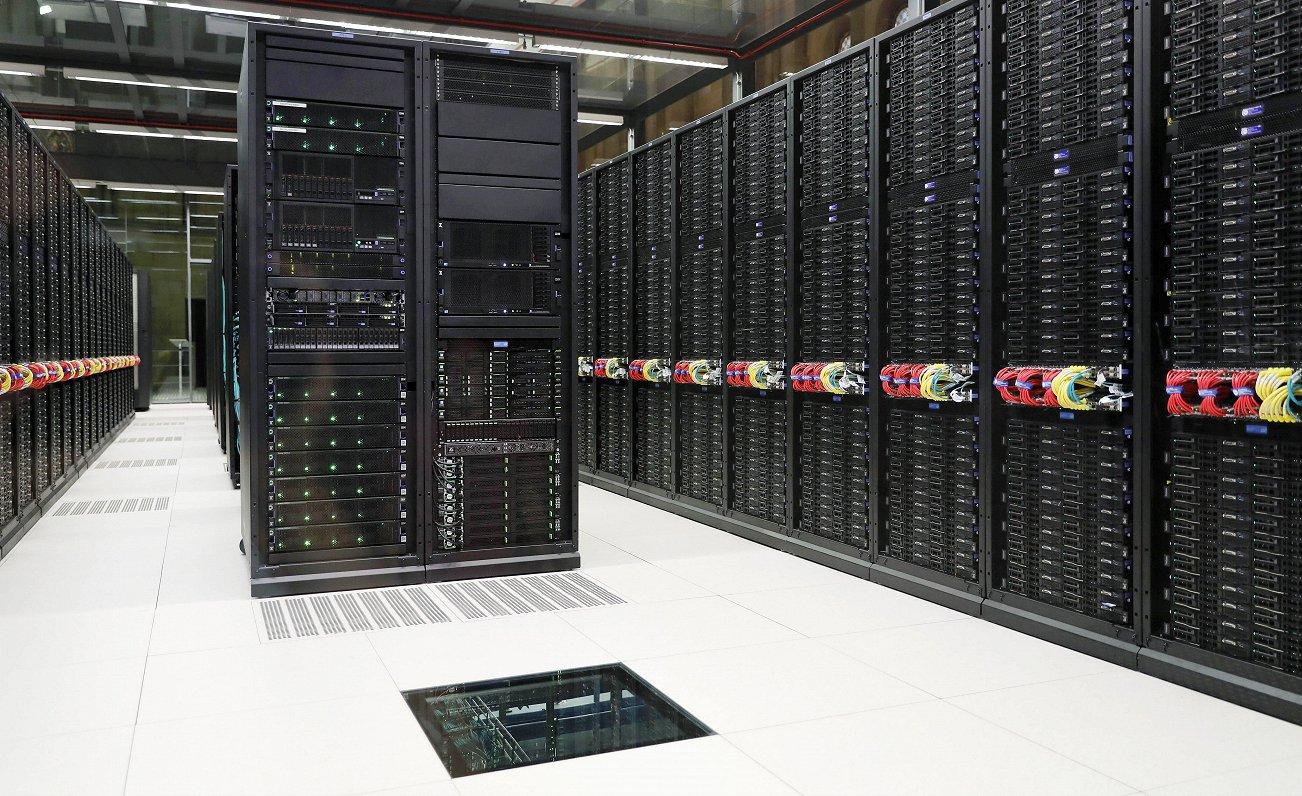 ES superdatoru attīstīšanā grib «iedzīt» Ķīnu un ASV; iniciatīvai kritiķu netrūkst