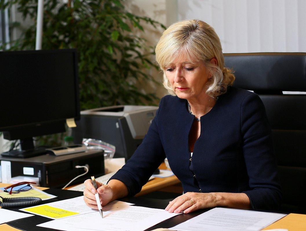 ES ombude par EK Ētikas kodeksu: Tas ir solis uz priekšu