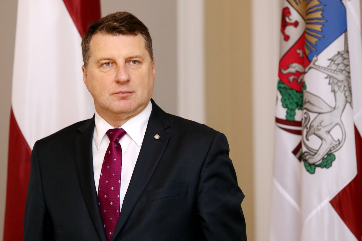 President Raimonds Vejonis, President of Latvia, greets teachers, students  and students on the Day of Knowledge, wishes students and students to be a  model ... f37c7dee876