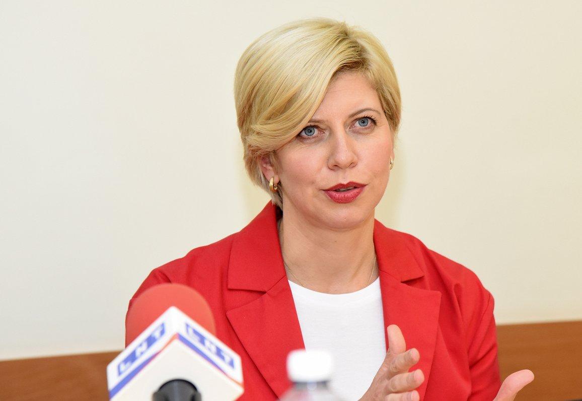Экс-глава Минздрава вышла из Зеленой партии, но еще поработает во фракции СЗК