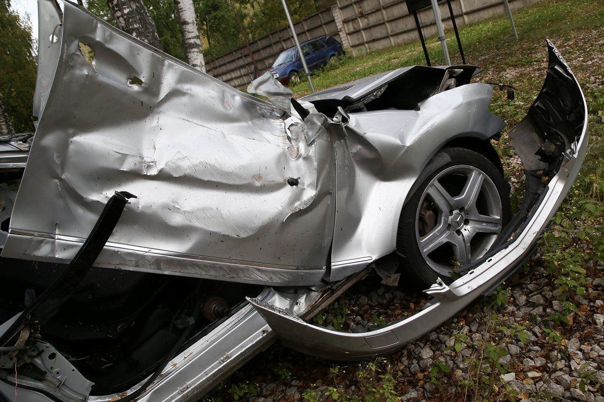 Latvija ceļu satiksmes negadījumos bojāgājušo «līderos» visā ES