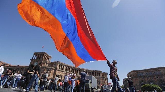 Vai opozīcijas nākšana pie varas vedīs Armēniju pretī uzplaukumam?