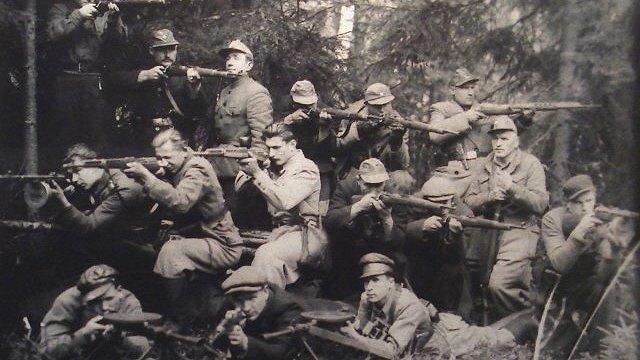 No individuālas nepakļaušanās līdz organizētai partizānu kustībai Latvijā