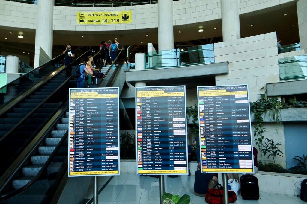 Skaitļi un fakti: Eiropas lidostas cīnās ar šaurību