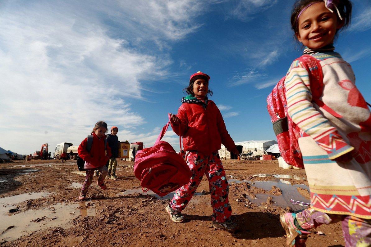 ANO bēgļu aģentūra: miljoniem bērnu visā pasaulē neiet skolā