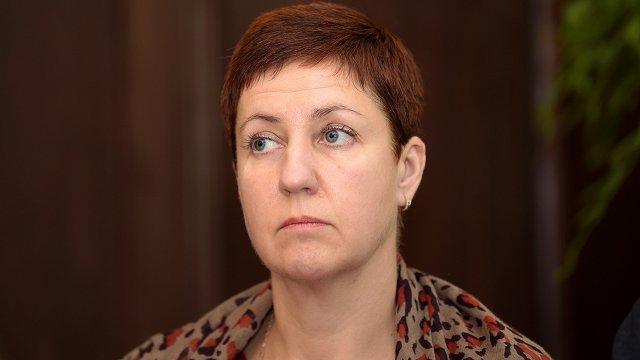 Māsu asociācija neprasa Viņķeles demisiju; atbalsta arodbiedrības ierosinājumu par Saeimas atlaišanu