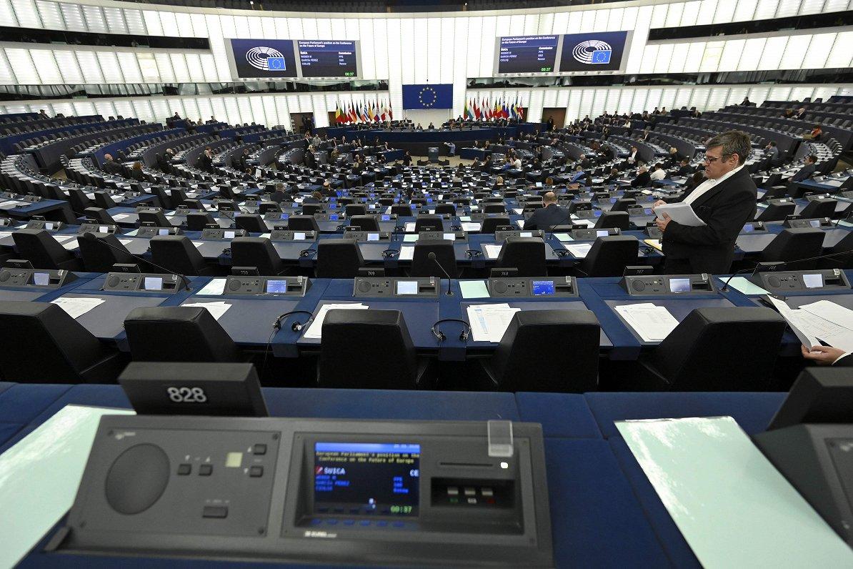 ES aktualitātes šonedēļ: Irānas kodollīgums, «zaļais» fonds un saspīlējums ar Poliju un Ungāriju