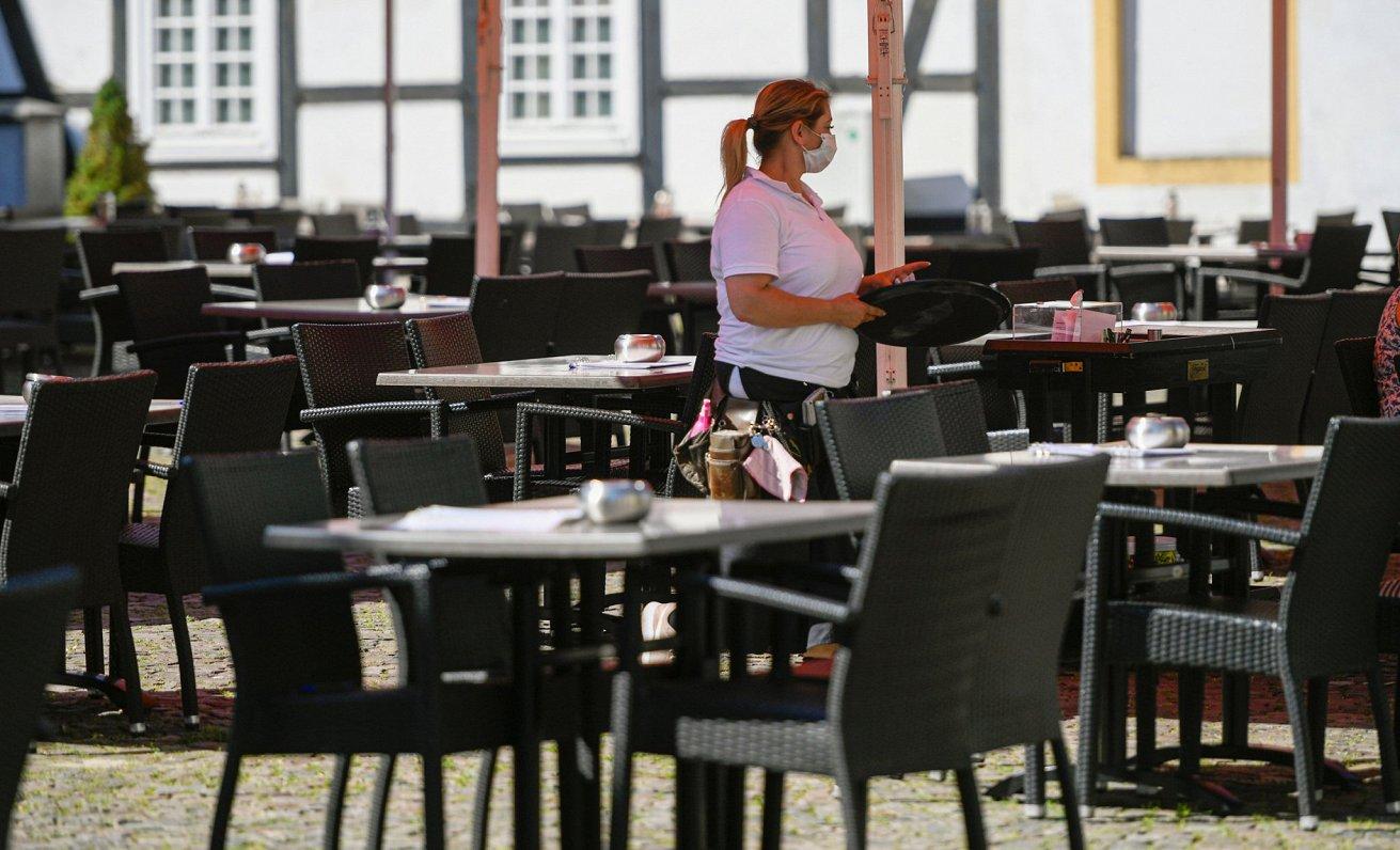 Skaitļi un fakti: Nodarbinātības situācija pagaidām labāka nekā Eiropas ekonomikā kopumā