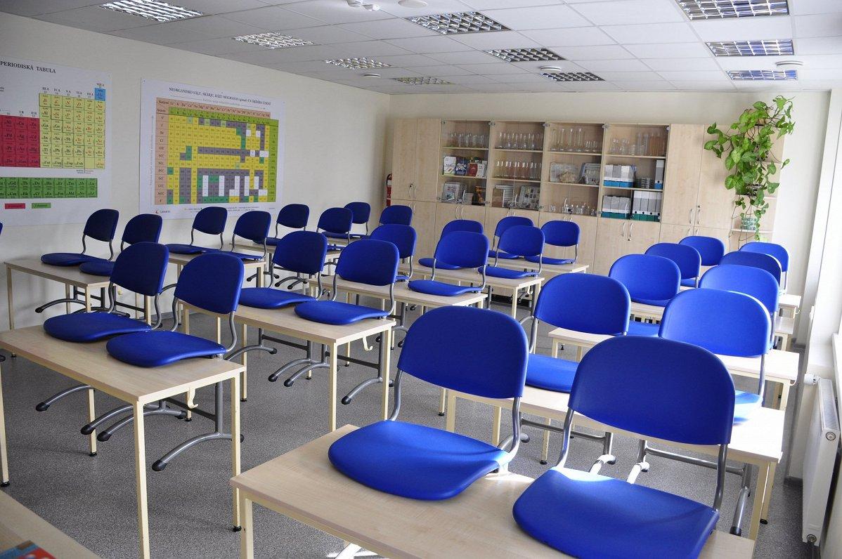 Covid-19 profilakses pasākumi Latvijas skolās var atšķirties
