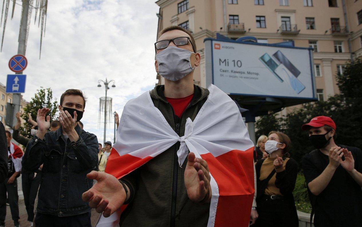 ES vēstnieks brīdina Baltkrieviju par sankcijām politieslodzīto dēļ