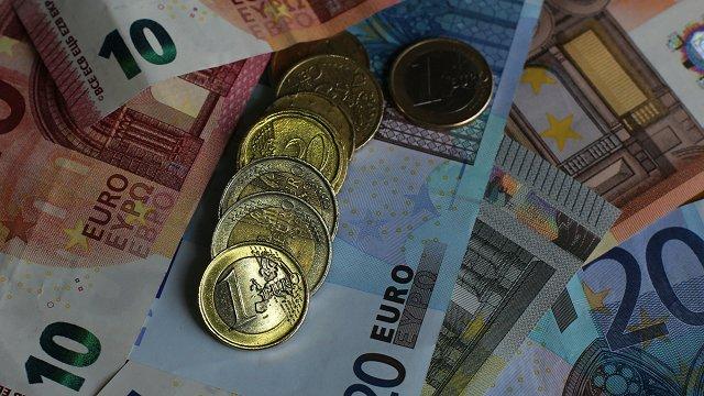 LM nākamgad lūgs papildu 90 miljonus eiro – bērnu pabalstiem, invalīdu asistentiem, pensijām