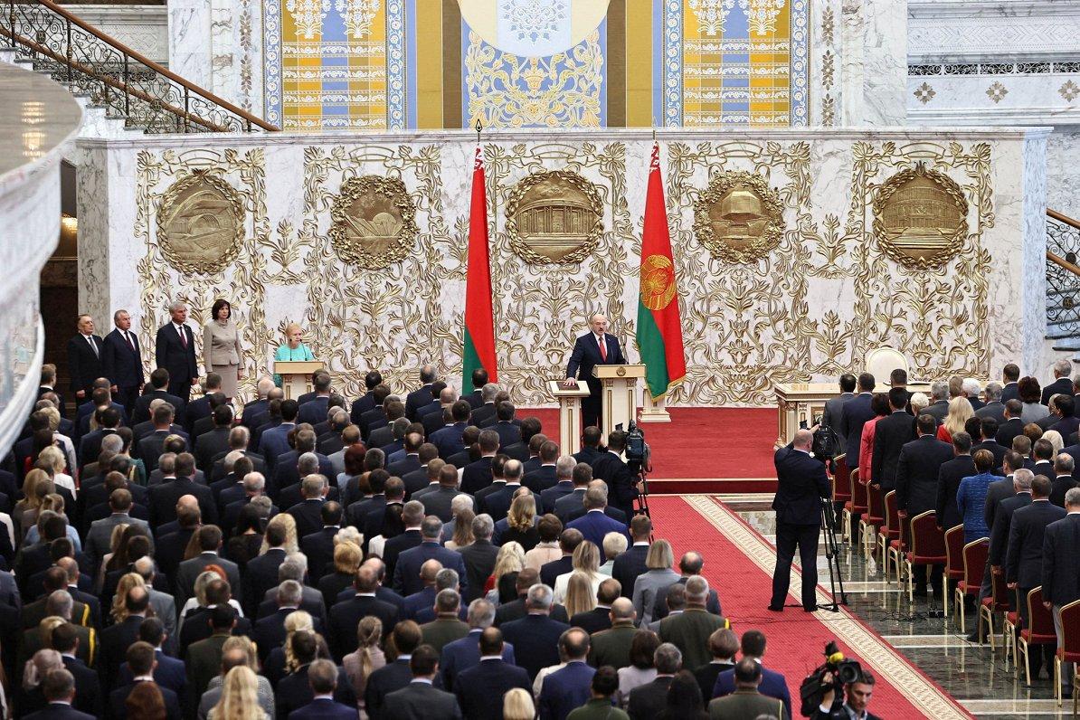 ES norišu TOP3: Covid-19 uzliesmojums, neleģitīmais Lukašenko un migrācijas politika