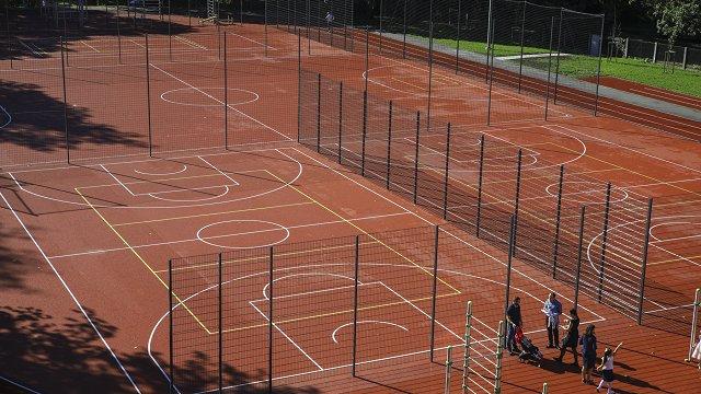 Latvijas sporta spēļu līgas arī jaunajā sezonā rēķinās ar Covid-19 ierobežojumiem