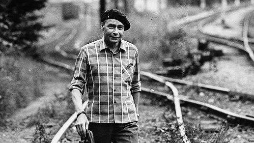 Gundega Repše, Ojāru Vācieti atceroties: Pirmais, ko vienmēr sit, ir dzejnieks