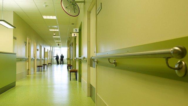 Veselības apdrošināšanas sistēmu plāno atlikt vēl par gadu
