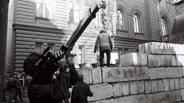 Kamera, kas fiksēja Gvido Zvaigznes izdzišanu. Režisora Zigurda Vidiņa barikāžu atmiņas