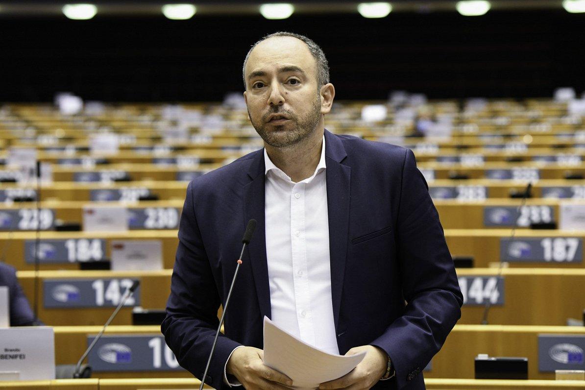 EP deputāts Lagodinskis: ES sankcijas jāvērš pret augstākā līmeņa lēmējiem Krievijā