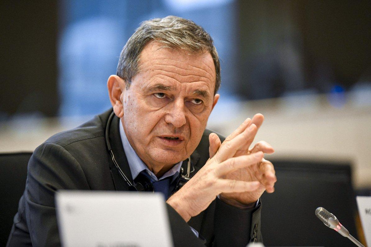 Kādi ir eiroparlamentāriešu iebildumi pret naudas atvēlēšanu «Rail Baltica»