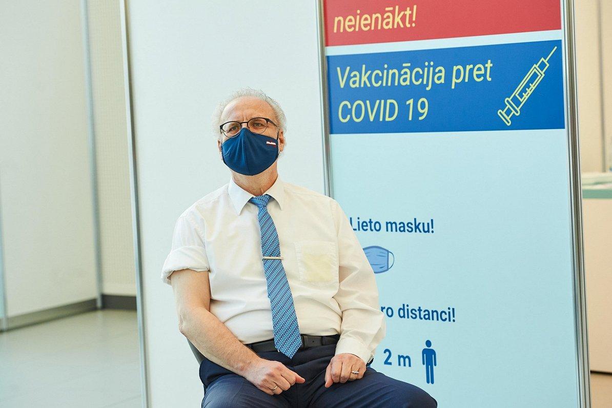 Президент Левитс завтра вторую дозу AstraZeneca не получит