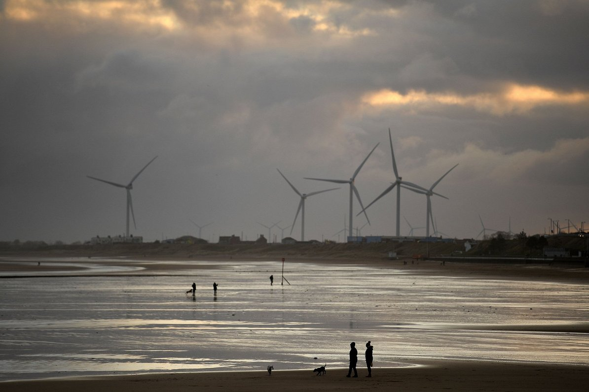 Dānija gatavojas ielikt stūrakmeni ES pārejai uz zaļāku un atjaunojamu enerģiju