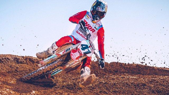 Jonasam divi stabili braucieni nodrošina 5.vietu pasaules čempionāta motokrosā posmā