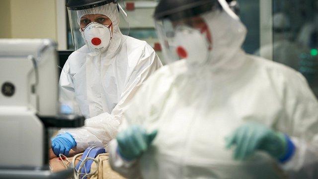 Kāpēc Covid-19 bīstamības ziņā nav pielīdzināma gripai?