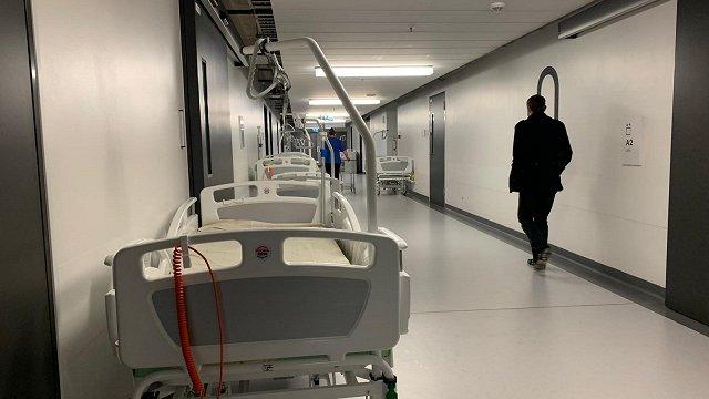 Covid-19 slimniekiem Stradiņos atvēlēs papildu gultas, Ziemeļkurzemes slimnīcā atvērs atsevišķu nodaļu