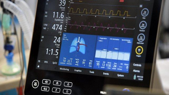 Pagājušajā nedēļā būtiski pieaudzis smagi slimo Covid-19 pacientu skaits – par 59%