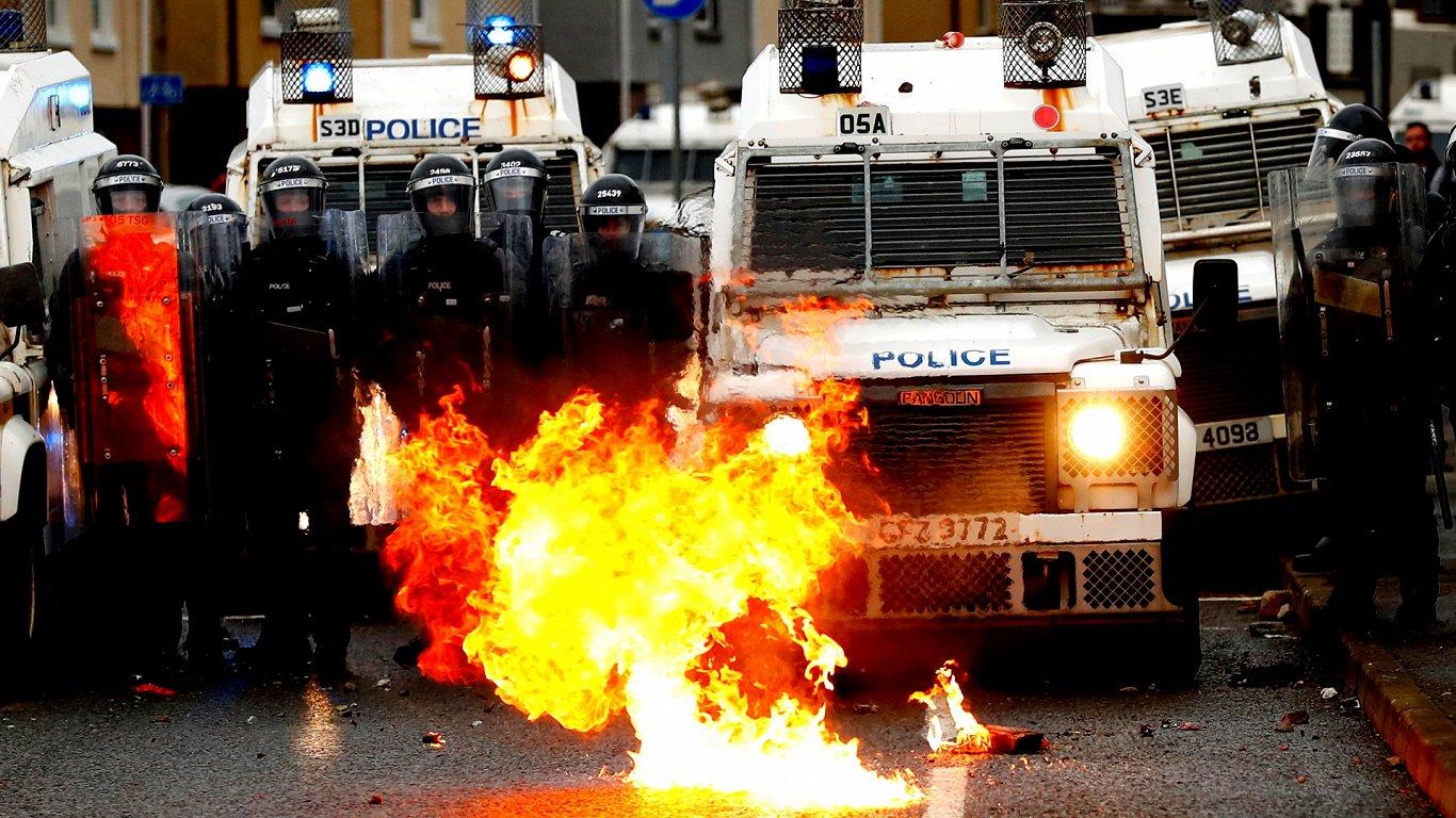 Столкновения в Северной Ирландии — последствия «брексита»