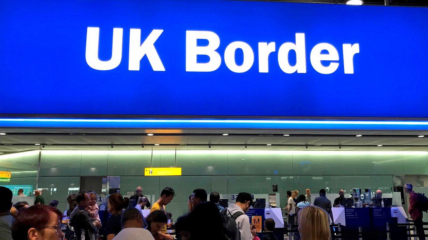 Евросоюз ставит точку в «брексите». Одну из многих