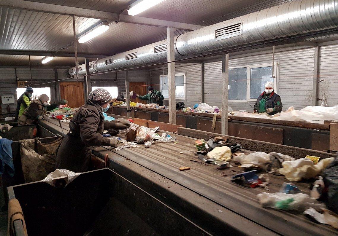 «Skaitļi un fakti»: Atkritumu pārstrādē par klupšanas akmeni var kļūt izmantoto materiālu dažādība