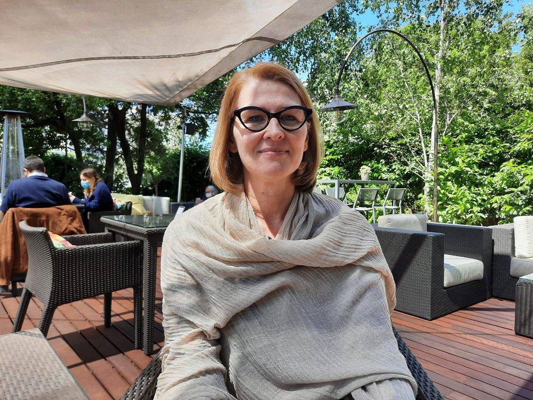 Mēs dzīvojam sociālā tirgus ekonomikā. Intervija ar Līnu Karru no Eiropas Arodbiedrību konfederācijas