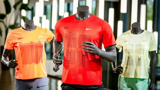 Rīgas maratona skriešanas kreklu un medaļu dizainējis «Purvīša balvas 2021» nominants