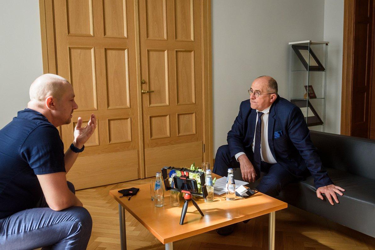 Polijas ministrs: Mums likās, kabaltkrievi iratpalikusi sabiedrība, bet izrādās – tā irnobriedusi pilsoniskā sabiedrība