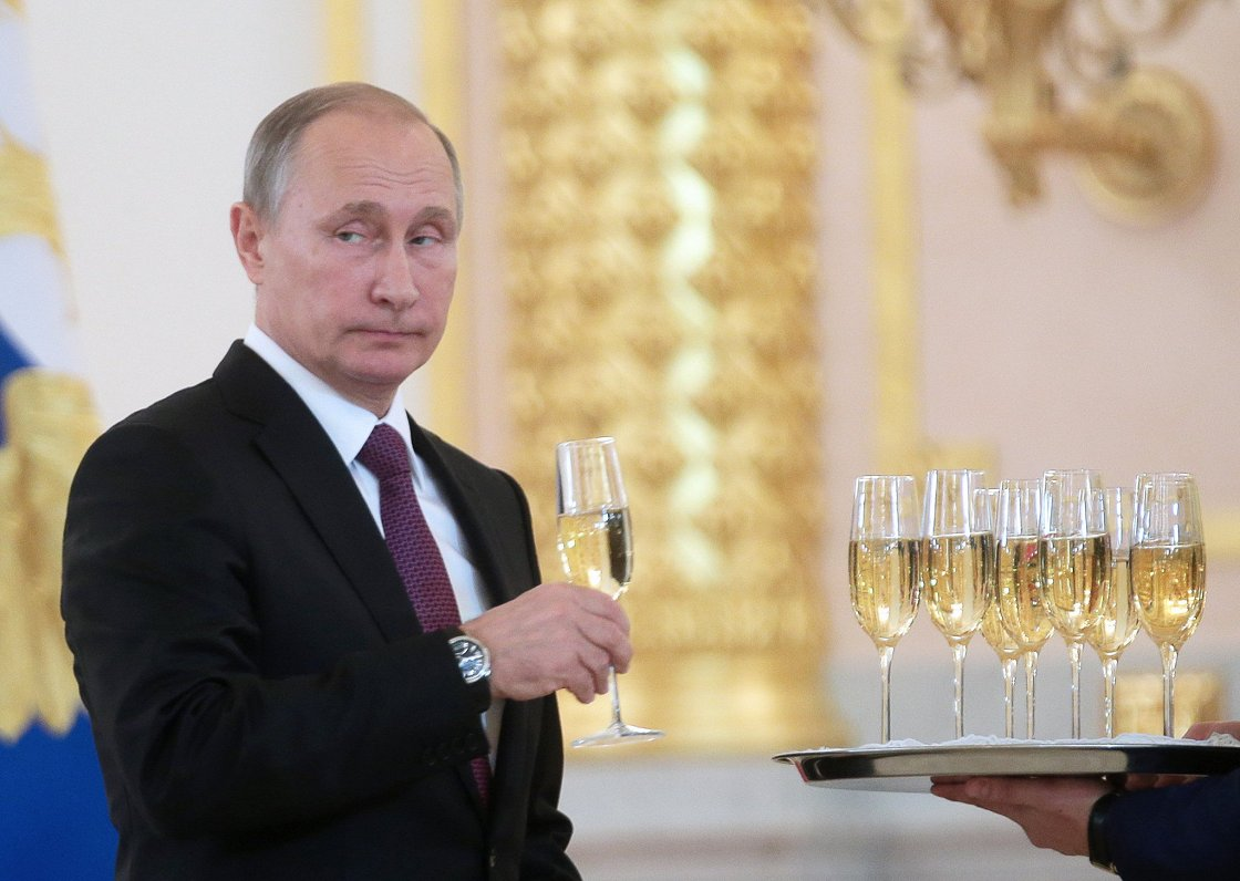 Francijas vīndari saniknoti par Krievijas centieniem piesavināties šampanieša nosaukumu